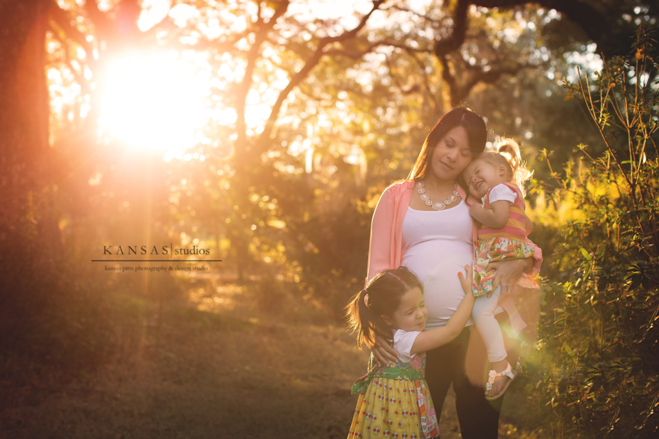 Robinson Maternity Session at Eden State Gardens