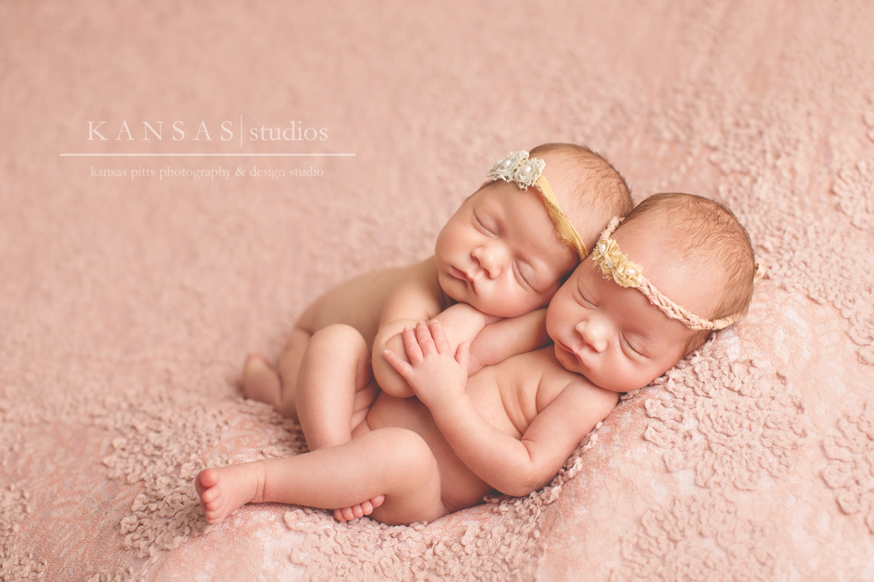 kansas pitts photography twin newborn baby girls photography