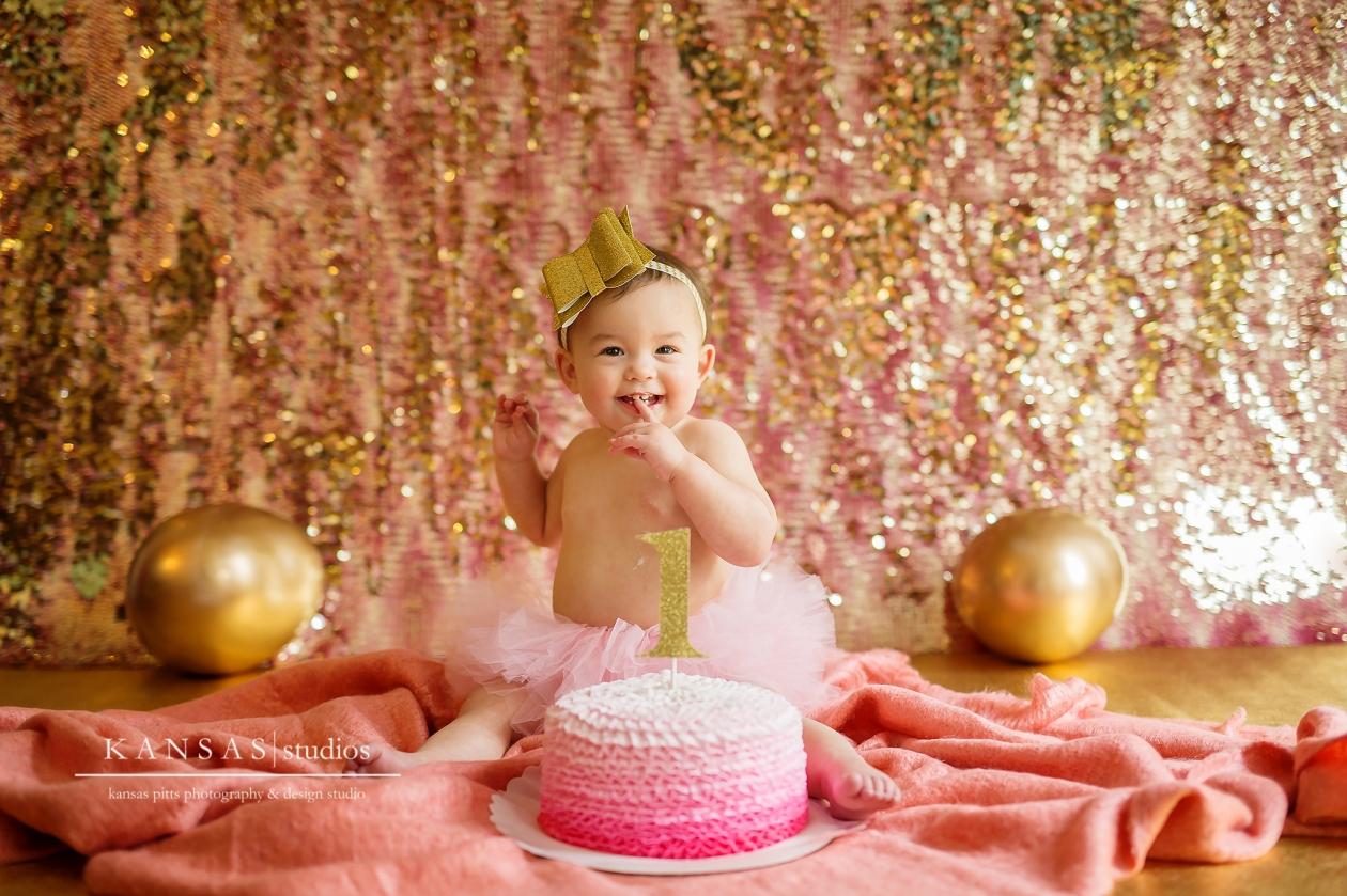 Gold and Pink Cake Smash Kansas Pitts