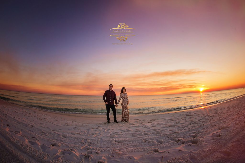 maternity photographer at Grayton beach Bannerman Estate