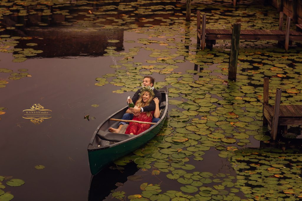 Photographer in Santa rosa Beach canoe engagement session