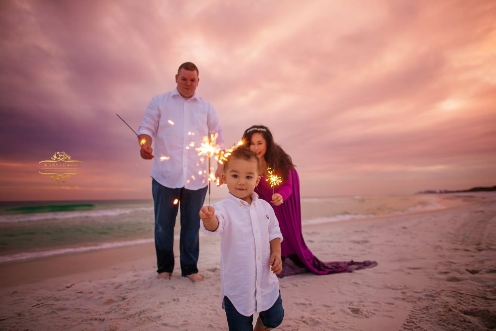 beach sparklers in South Walton Photographer